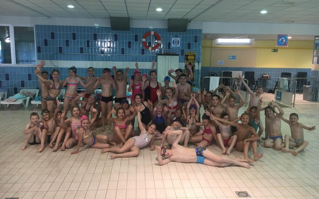 Plavalni tečaj tretješolcev