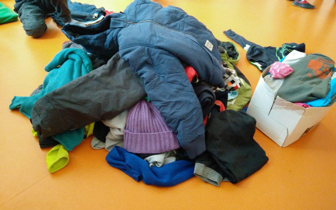 Pozabljena oblačila v Kulturnem centru (SLIKE VKLJUČENE)