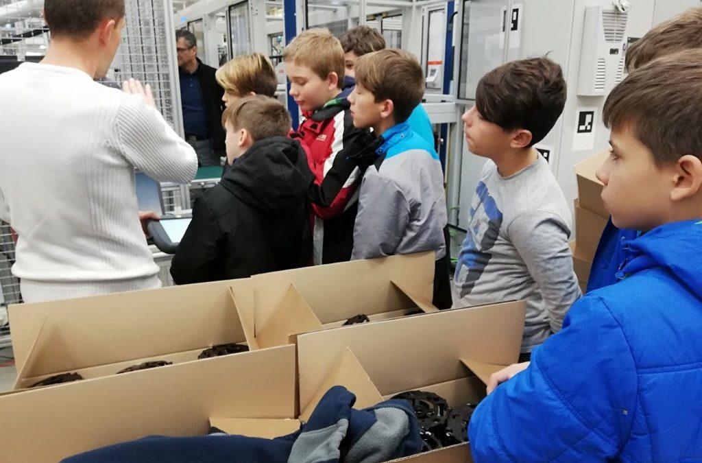 Obisk robotizirane proizvodnje na Kolektorju v Idriji