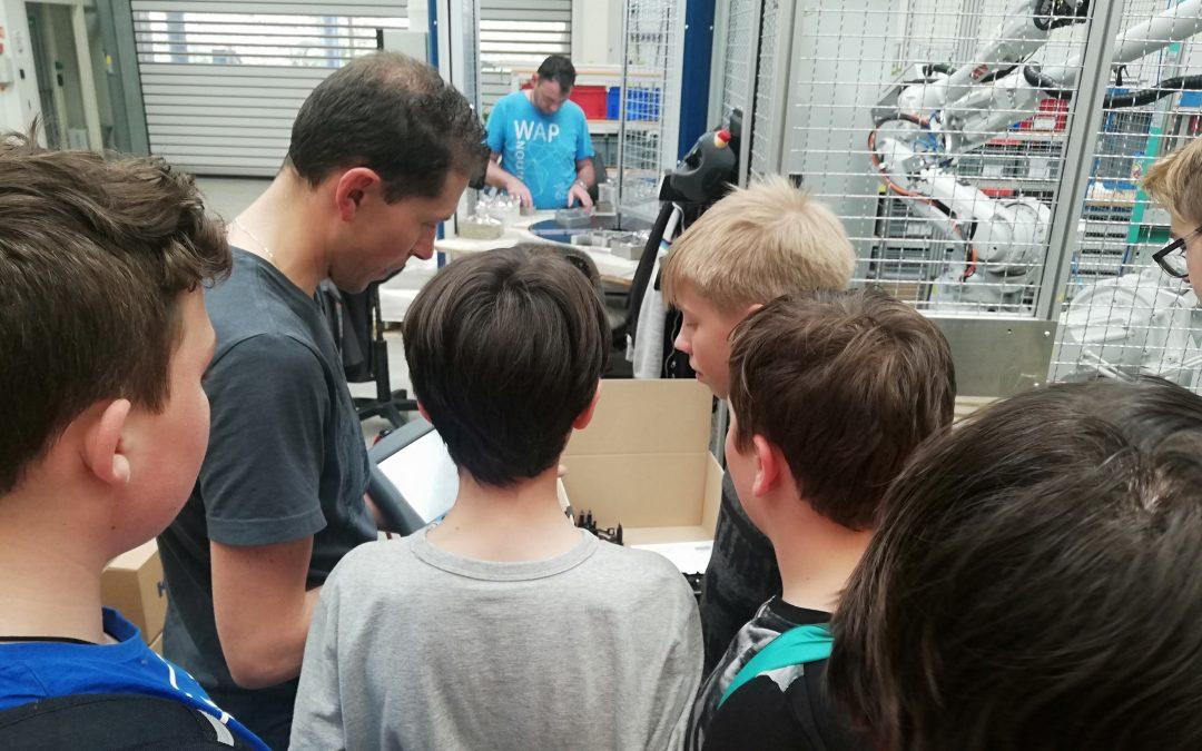 Izbirni predmet: Robotika – obisk Kolektorja v Idriji